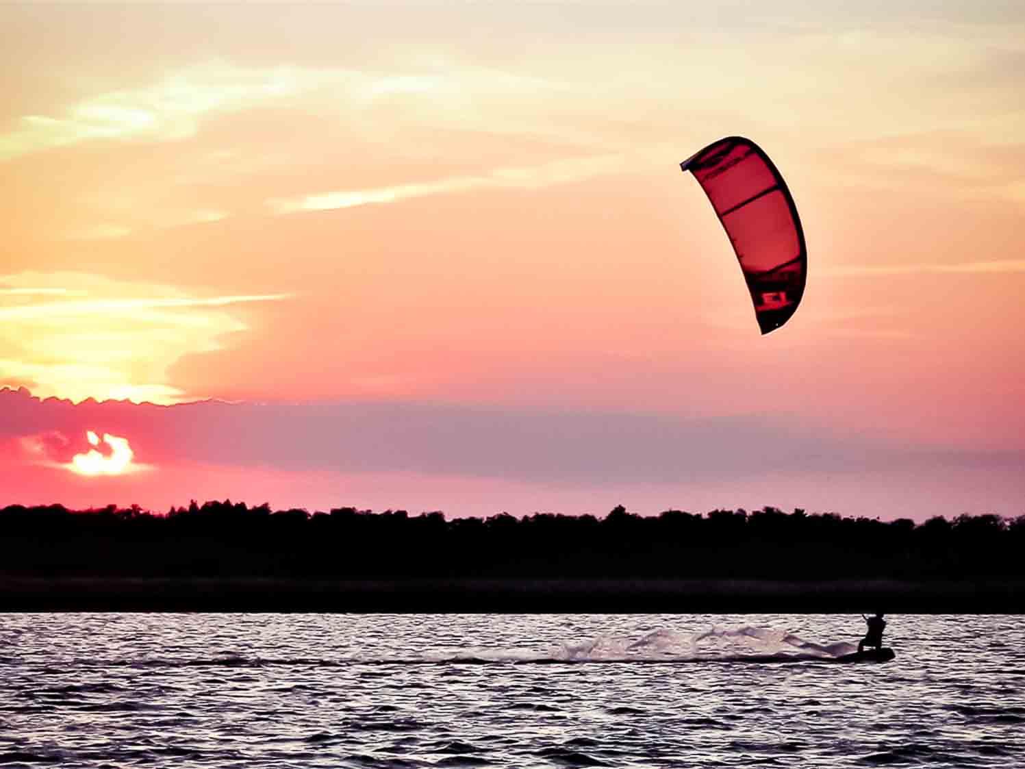 Kiten Ostsee Sonnenuntergang