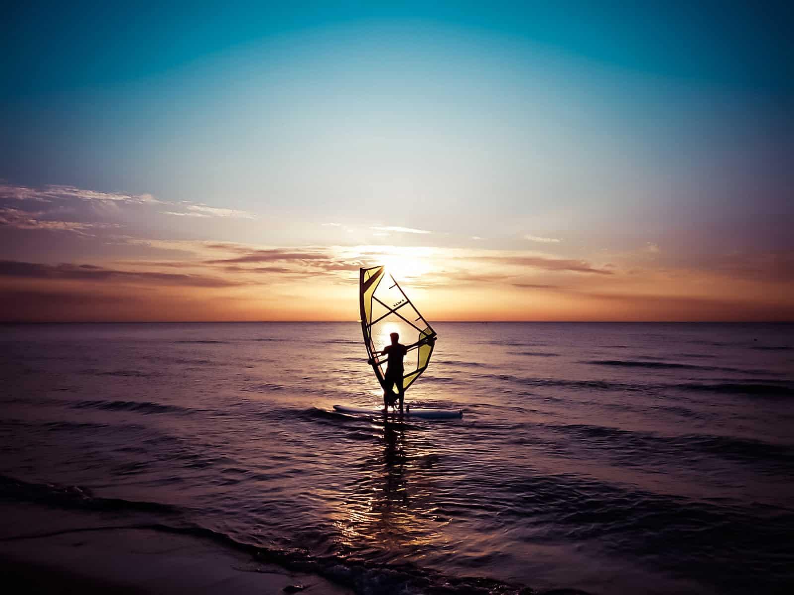 Windsurfkurs Ostsee Sonnenuntergang